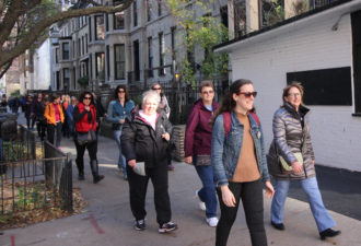 Gold Coast Chicago Walking Tour