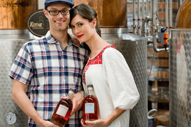 chicago couple drinking KOVAL Distillery