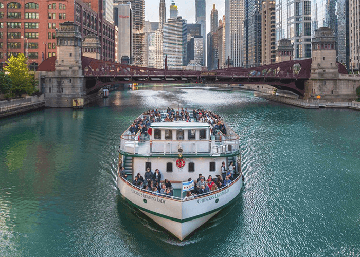 chicago river boat cruise tour